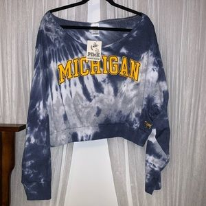 PINK Michigan Wolverines Sweatshirt - NWT